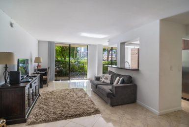 Great Luxury Condo in Sunny Isles Beach Available for Long Term Lease